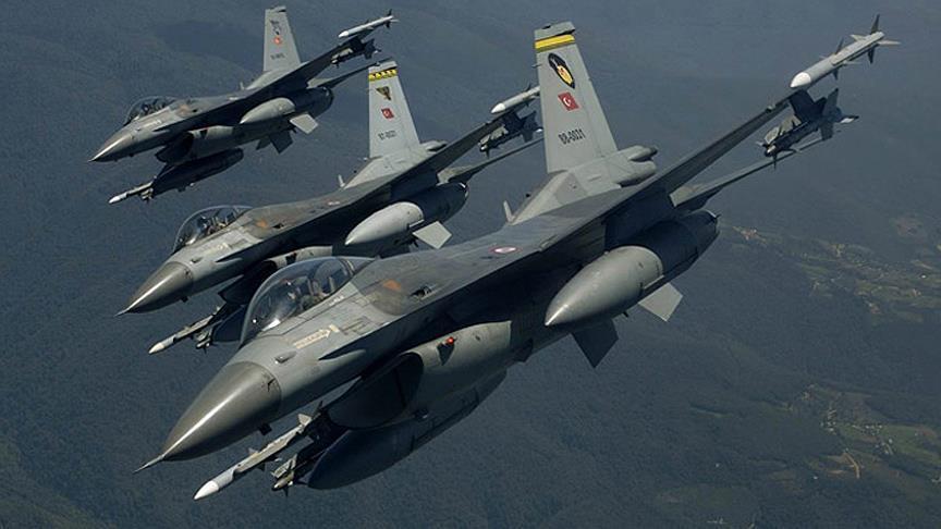 مقاتلات تركية تدمر 4 مواقع لـ