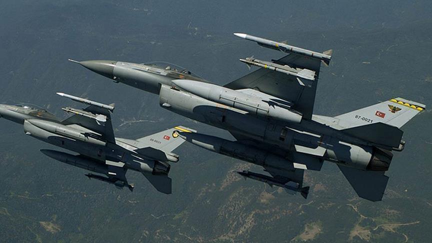 مقاتلات تركية تستهدف مواقع
