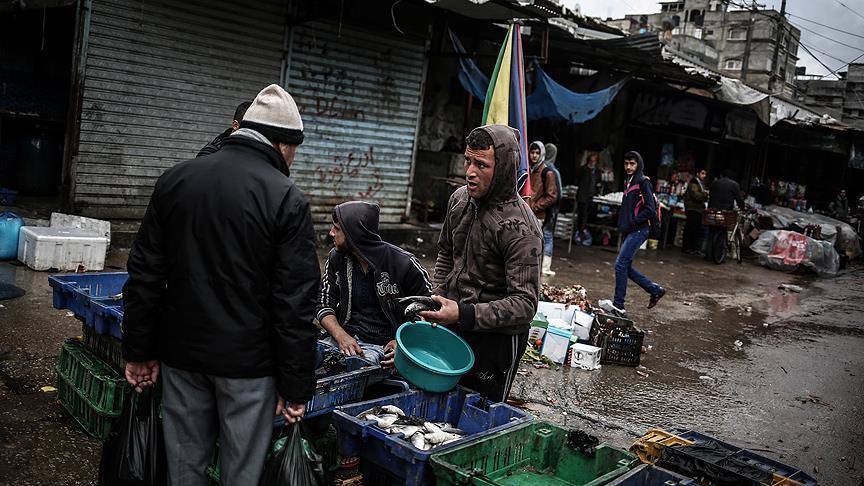 منظمة حقوقية أوروبية: غزة تنهار مع دخول الحصار عامه الـ 13
