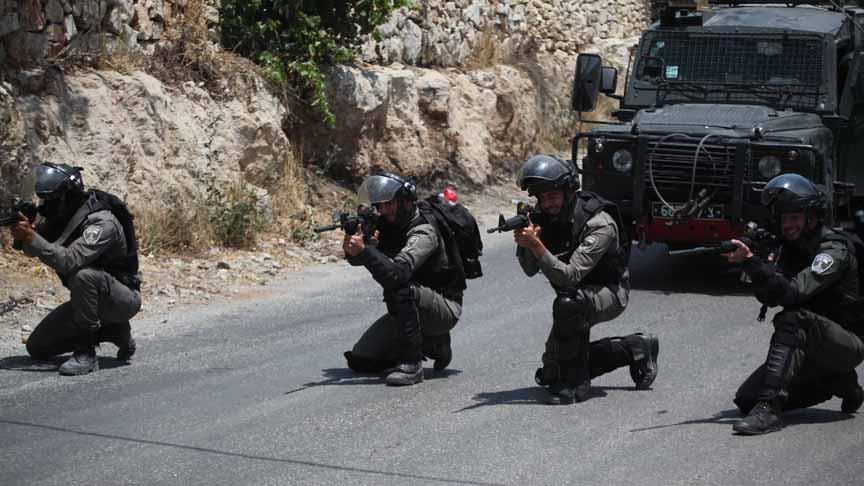 مواجهات بين فلسطينيين والجيش الإسرائيلي في رام الله