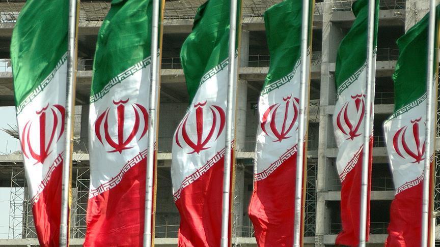 ناشطون إيرانيون يعتذرون للشعب السوري