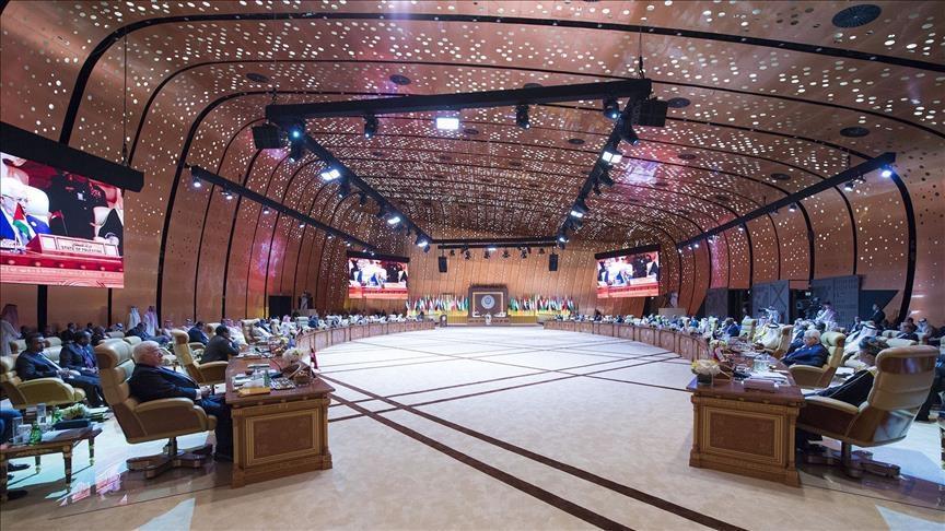 نصف القادة العرب يغيبون عن أول قمة عربية أوروبية