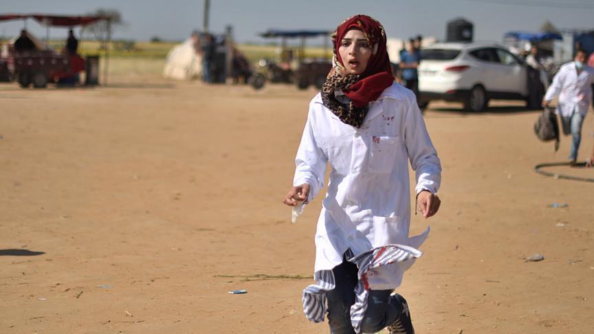 نيويورك تايمز: قتل المسعفة الفلسطينية رزان النجار