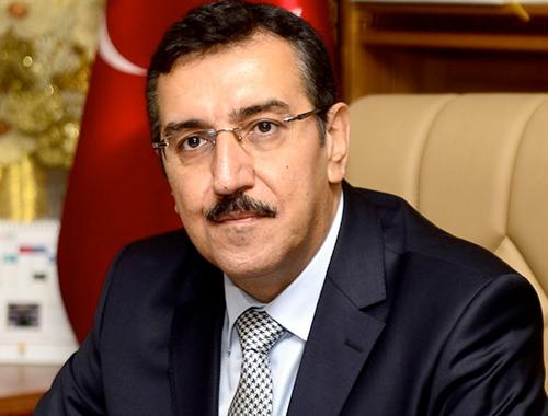 وزير التجارة التركي: نكتفي حاليا بفرض عقوبات سياسية وقانونية على هولندا