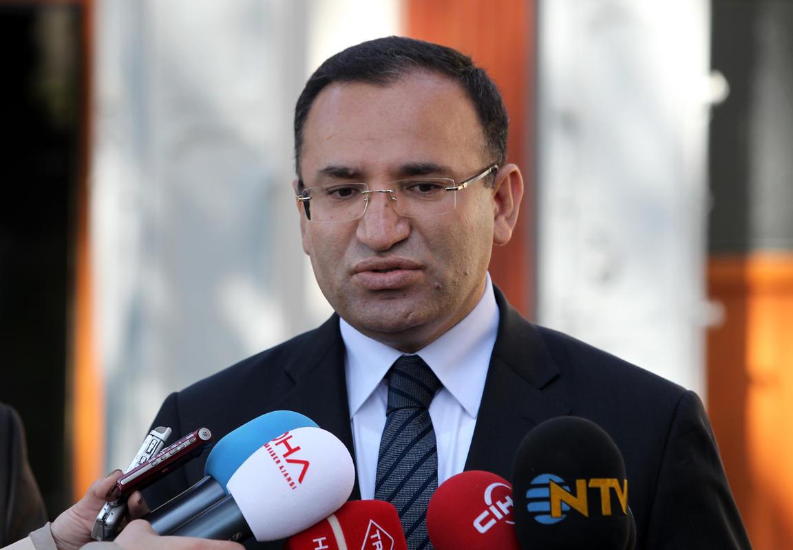 وزير العدل التركي: جميع المعطيات تشير لصلة داعش بهجوم رأس السنة (محدث)