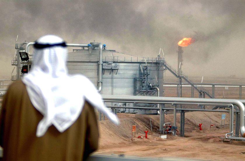 12.2 مليار دولار صادرات نفطية سعودية في نوفمبر الماضي ارتفعت بـ 11.2% عن الفترة المناظرة 2015