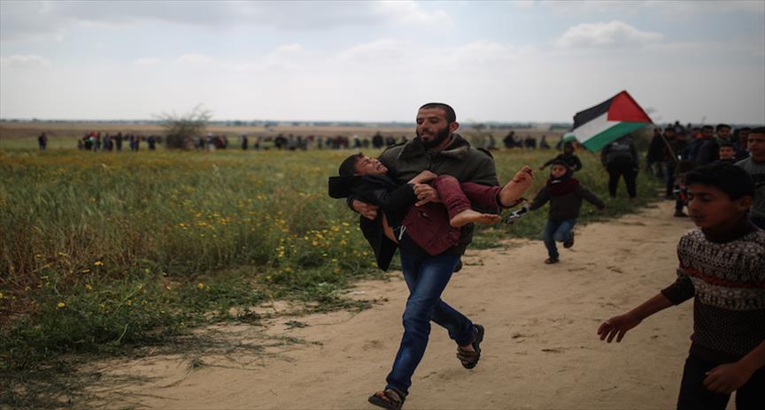 5 شهداء و370 إصابة قرب حدود غزة منذ انطلاق مسيرات