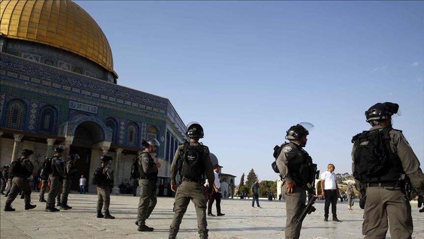 720 مستوطنًا إسرائيليًا يقتحمون المسجد الأقصى بحماية الشرطة